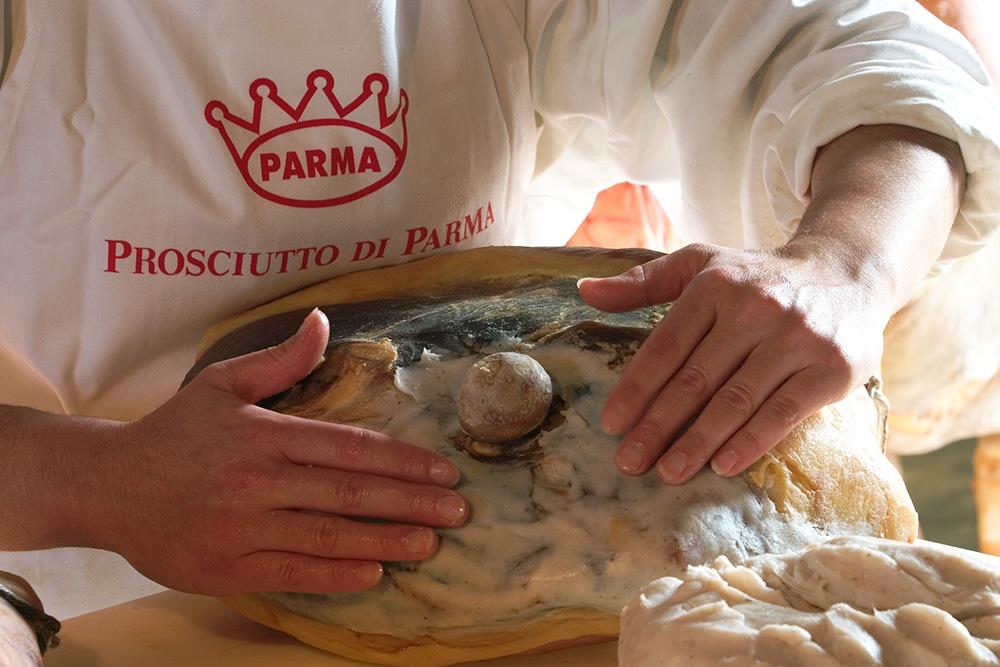 step-6-lard-layering-prosciutto